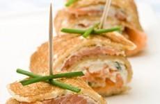 crepes-aperitives-au-saumon-fume